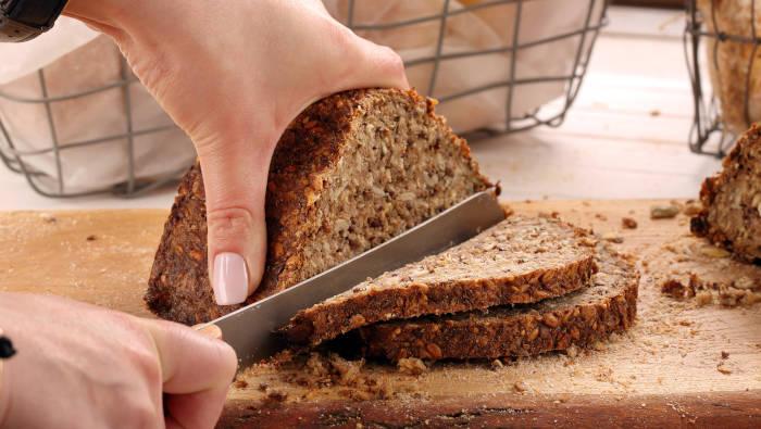 Warum ein Brot voller Körner noch lange kein Vollkornbrot ist